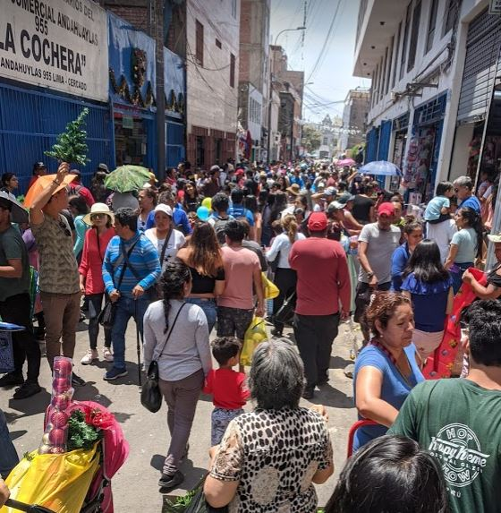 Christmas crowd in Peru